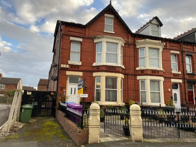 Flat 3, 128 Moscow Drive, Liverpool