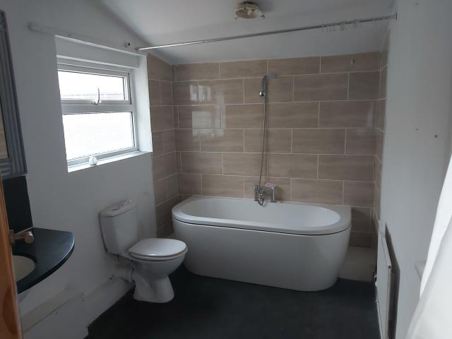 Flat 2, 13a West View, Mold, Clwyd