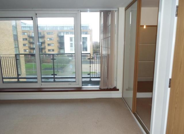 Apartment 17, Breakwater House, Ferry Court, Cardiff