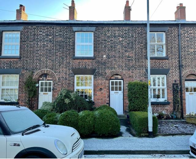 116 Greenalls Avenue, Warrington