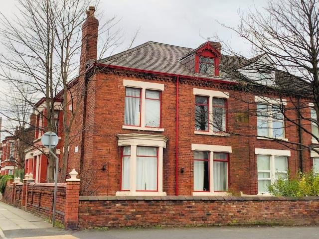 197 Warbreck Moor, Liverpool