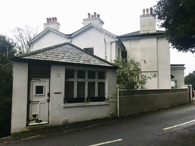 Flat 5, Underheath, Middle Warberry Road, Torquay