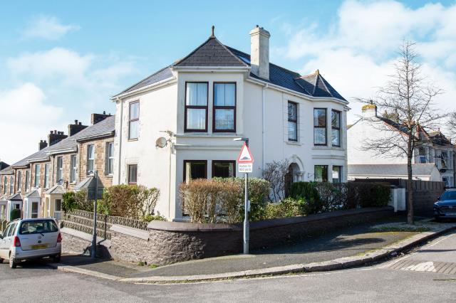 Albany House, 129 Albany Road, Redruth, Cornwall