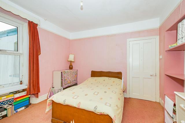 15 Mount Pleasant Road, Camborne, Cornwall